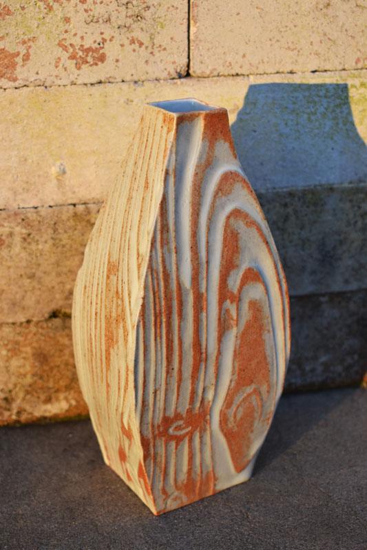 TWE002, Iron Nuka Flow Vase