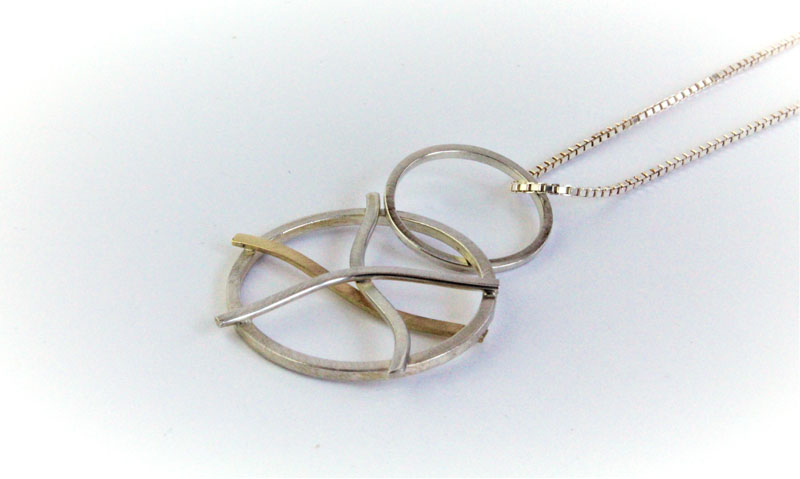 KEI009, Pendant with Chain