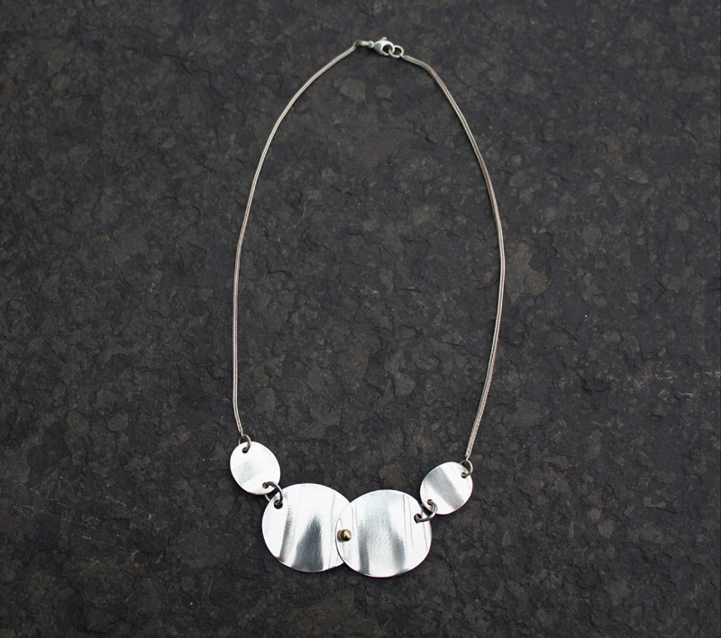 KEI065, Necklace Sterling Silver with Gold Bead