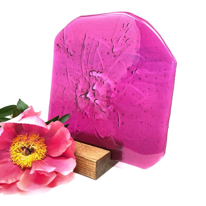 SHI285, Bright Pink Peony in block