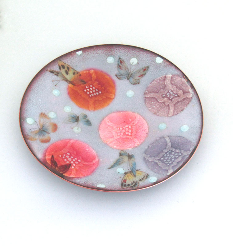 MCA175, Butterfly and Flower Head Dish