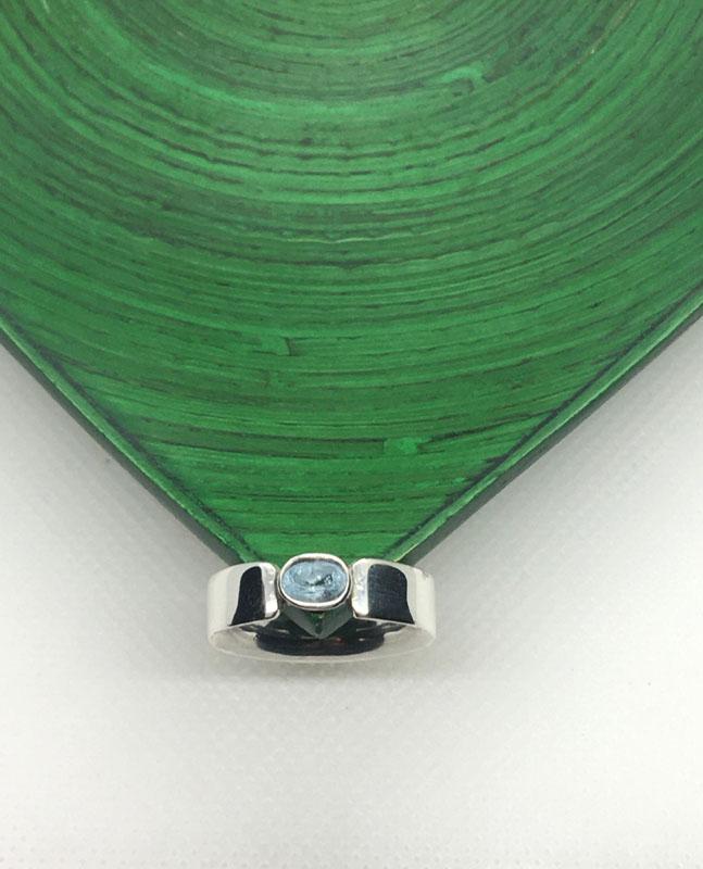 POW023, Chunky Topaz Ring