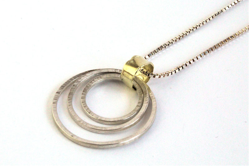 KEI011, Pendant with Chain