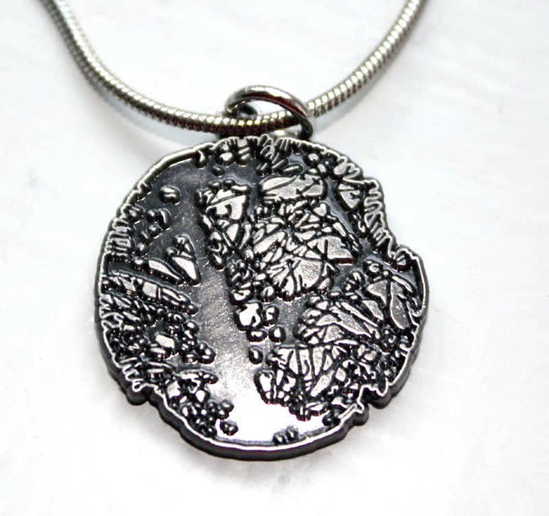 MCD141, Tree pendant