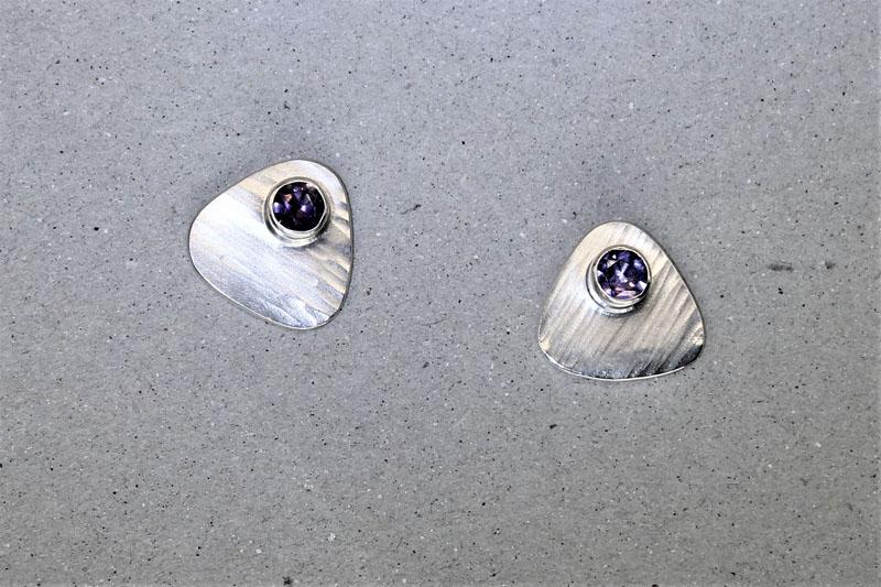 KEI047, Ear Studs Silver Amethyst