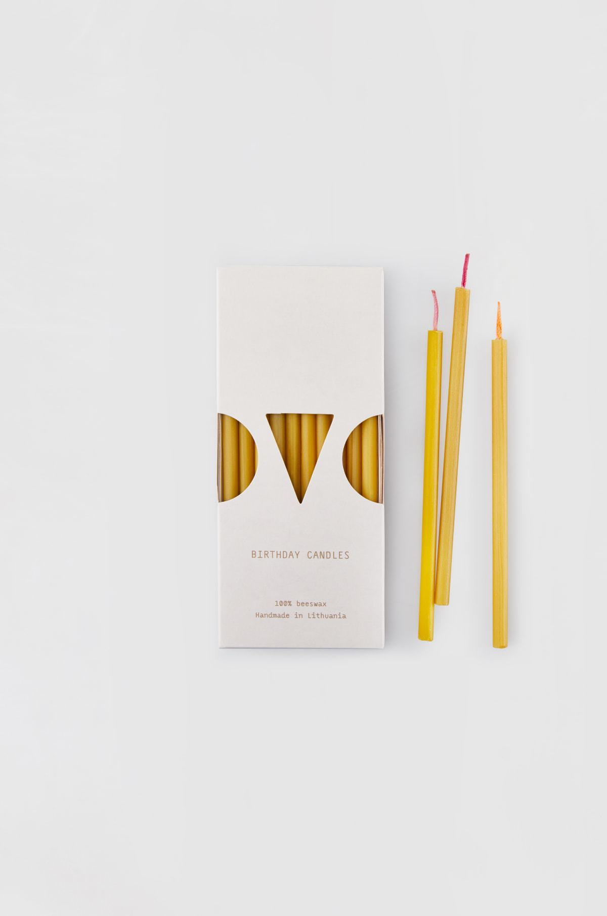 Pure beeswax birthday candles with cotton wicks - x10