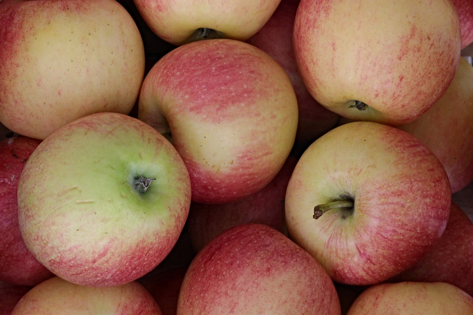 Fresh Organic Apples 1kg