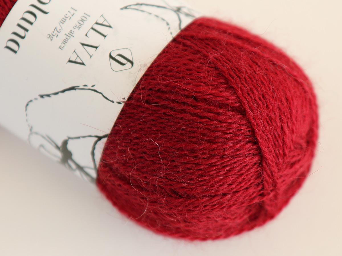 225 Alva Christmas red