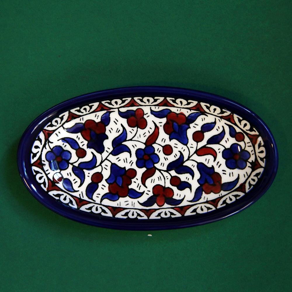 Ovalt keramikkfat, blått og brunt