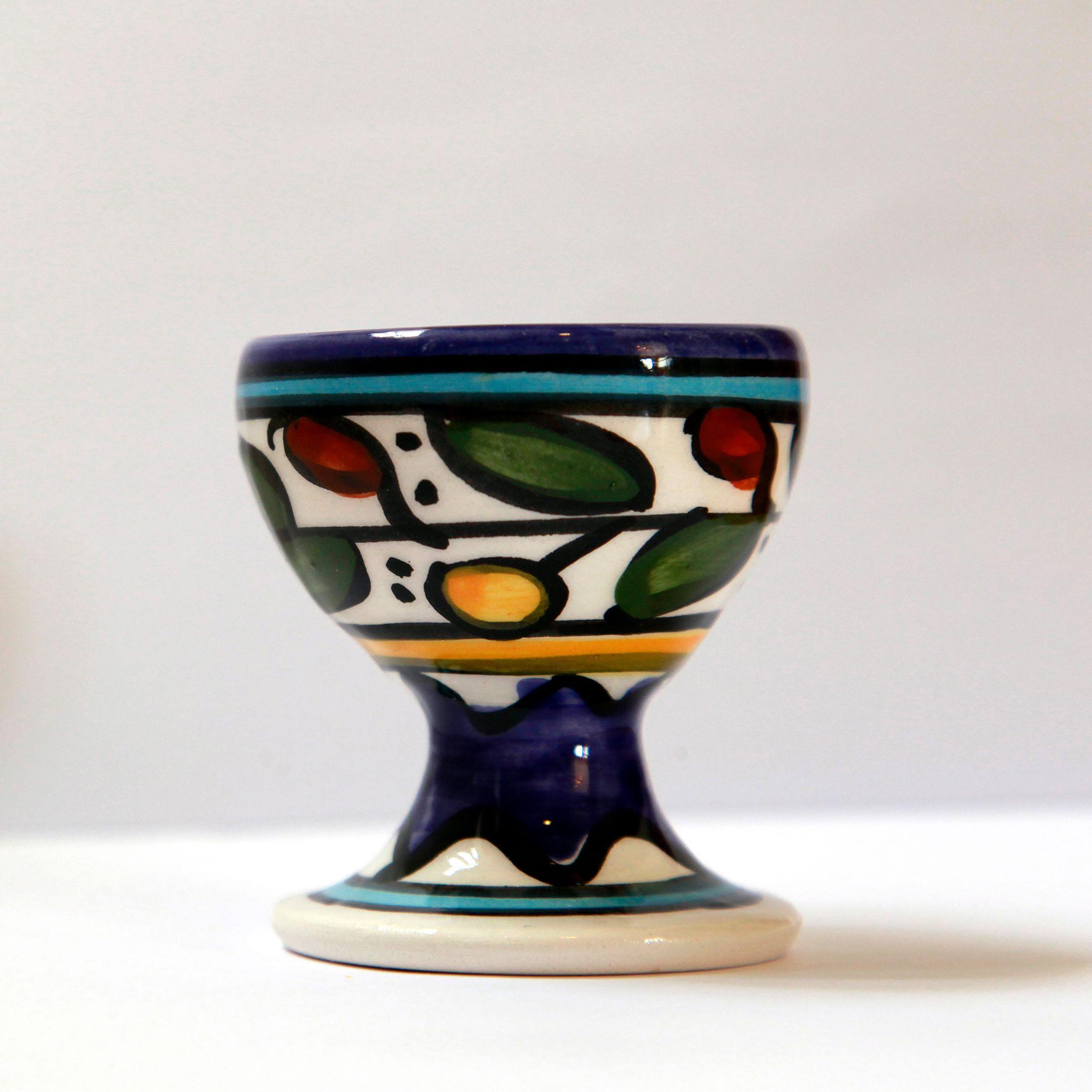 Eggeglass, keramikk. Flerfarget