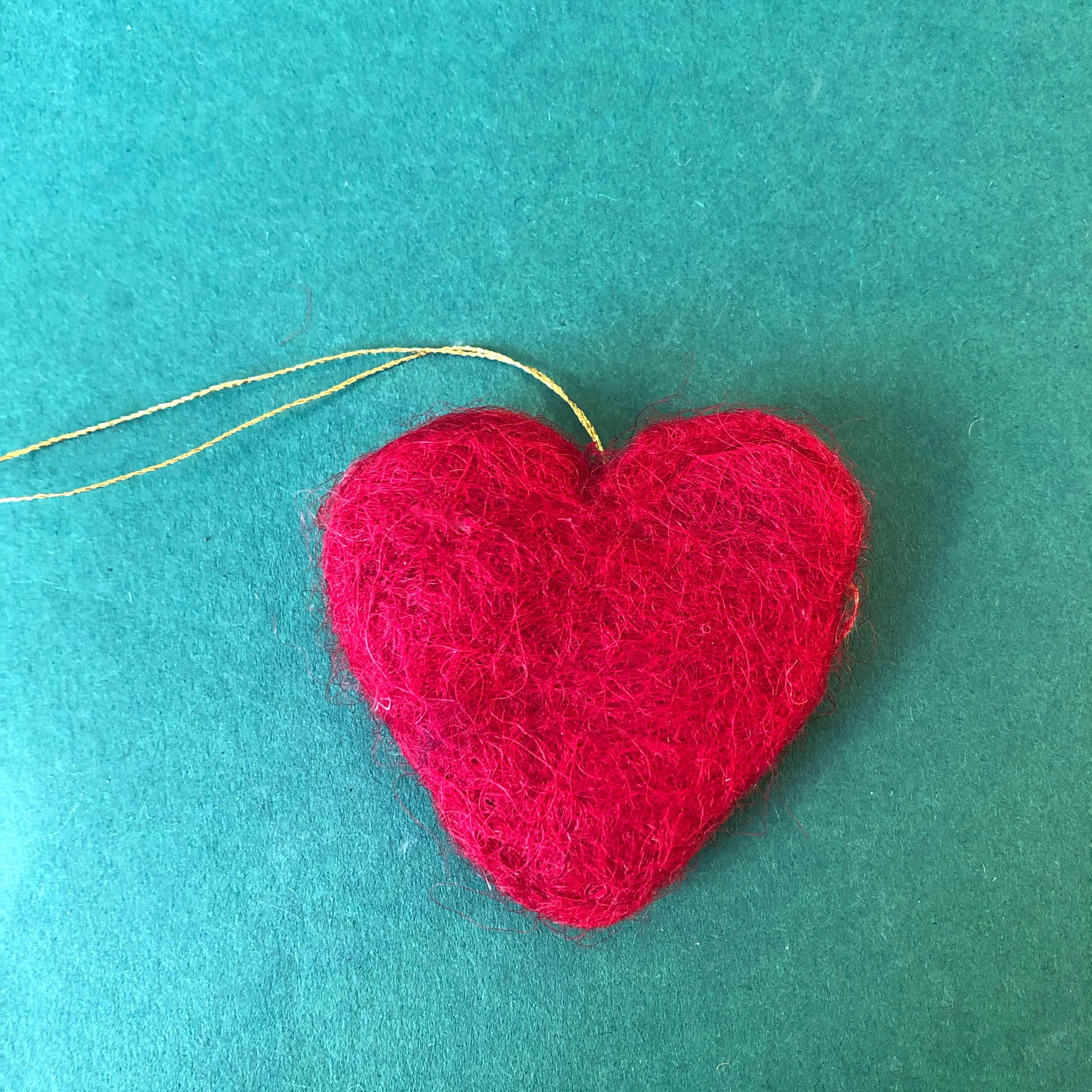 Hjerte i tovet ull