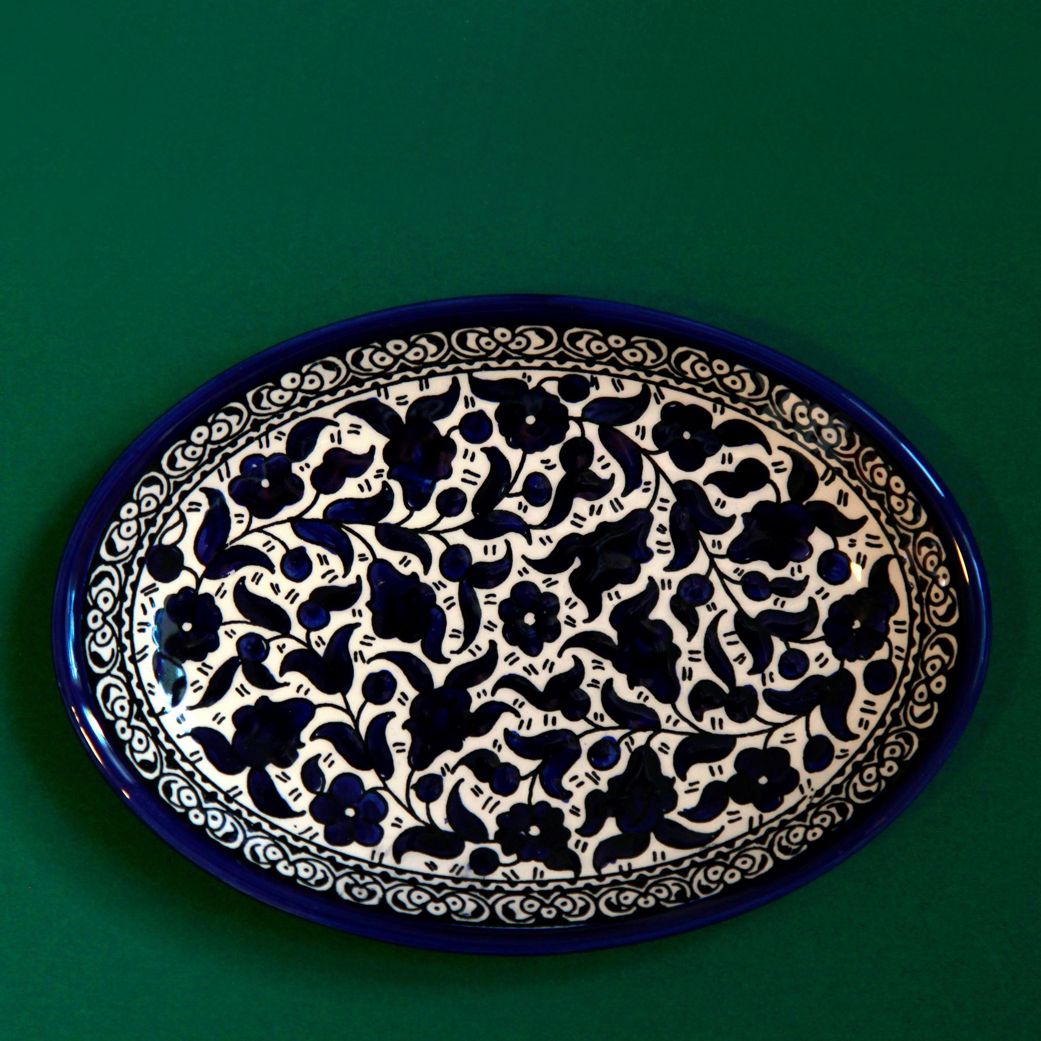 Stort ovalt keramikkfat, blått