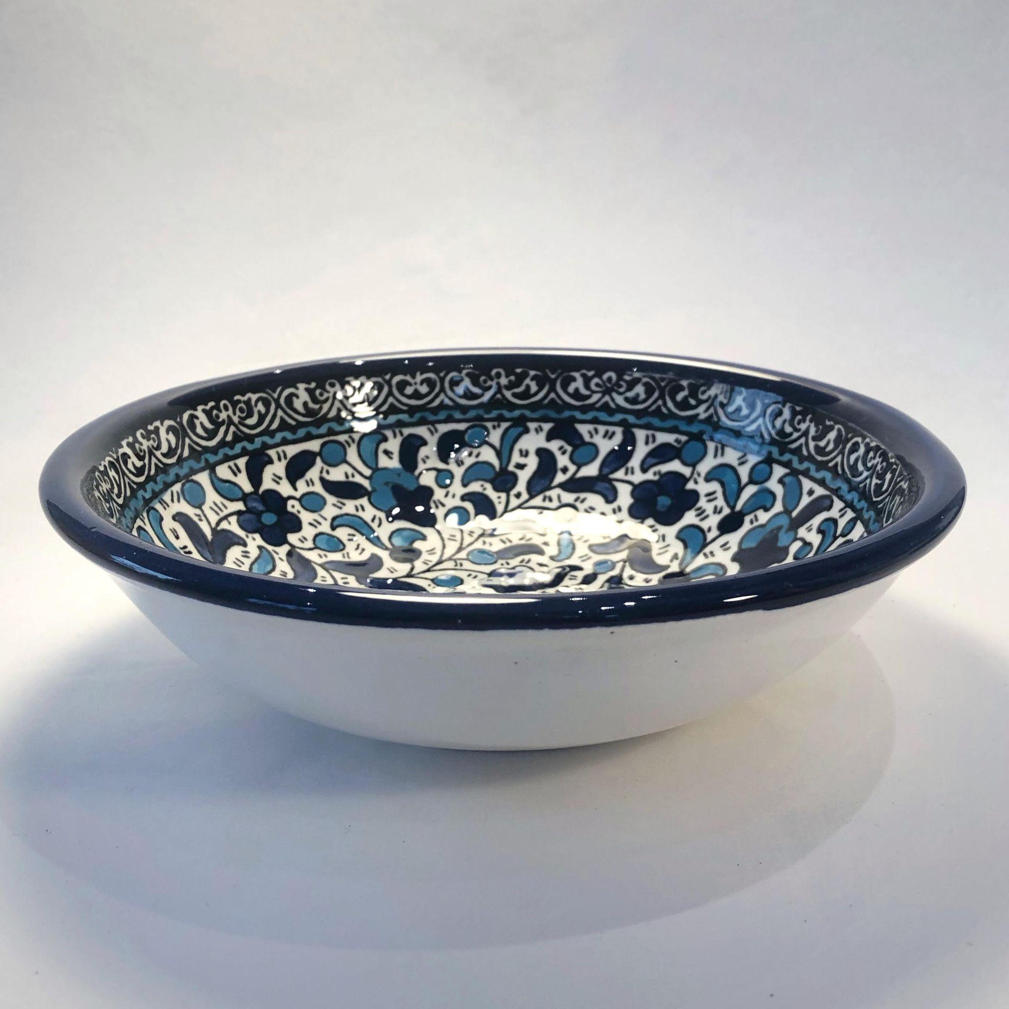 Stor keramikkskål, blå og lyseblå