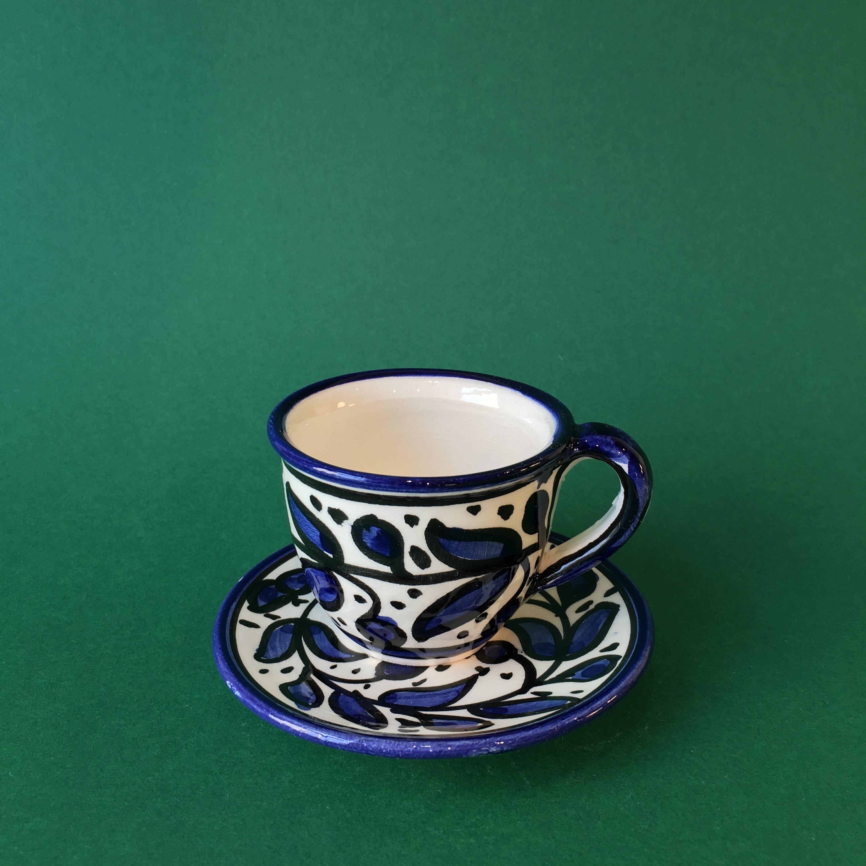 Kopp med skål, blå keramikk