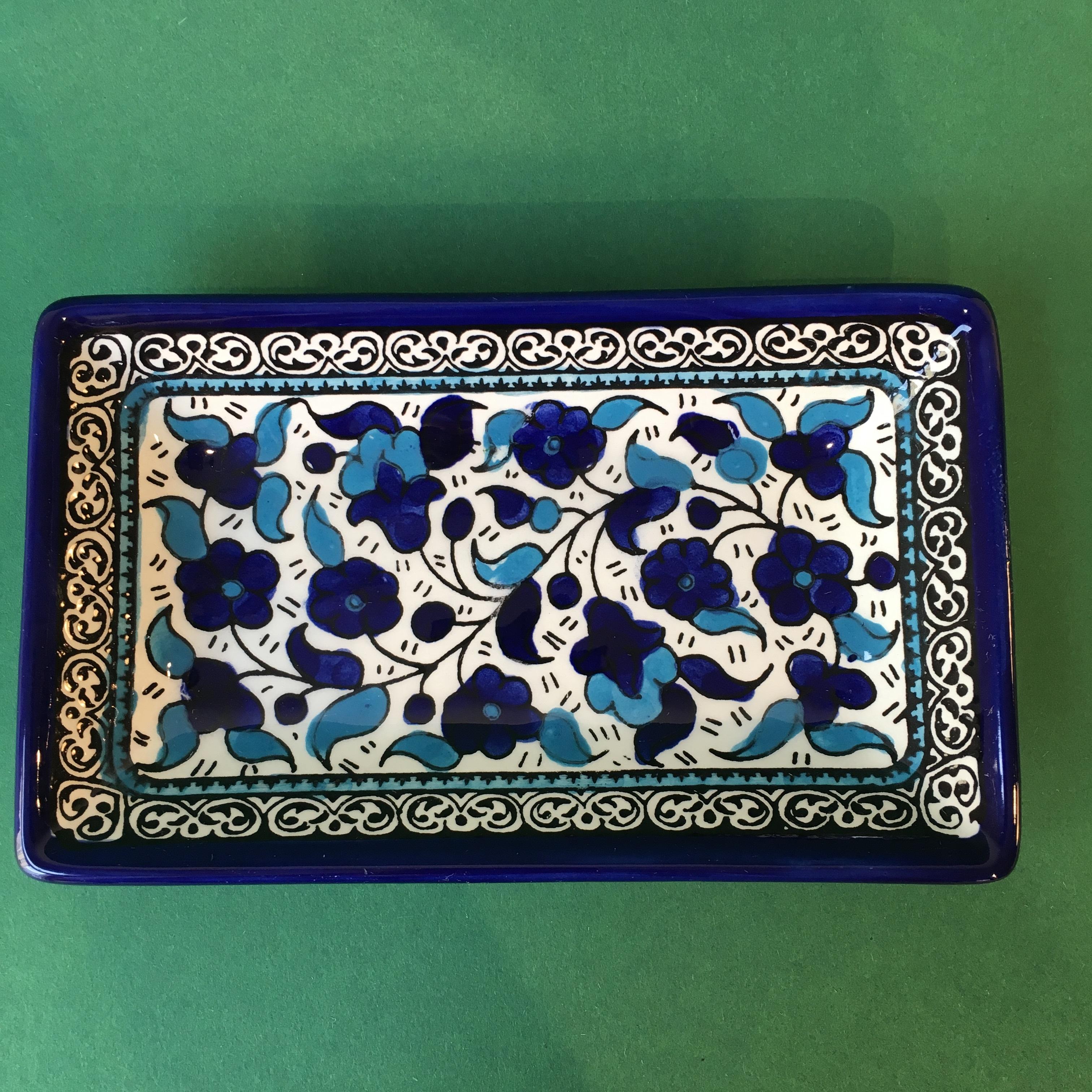 Firkantet keramikkskål, blå og lyseblå