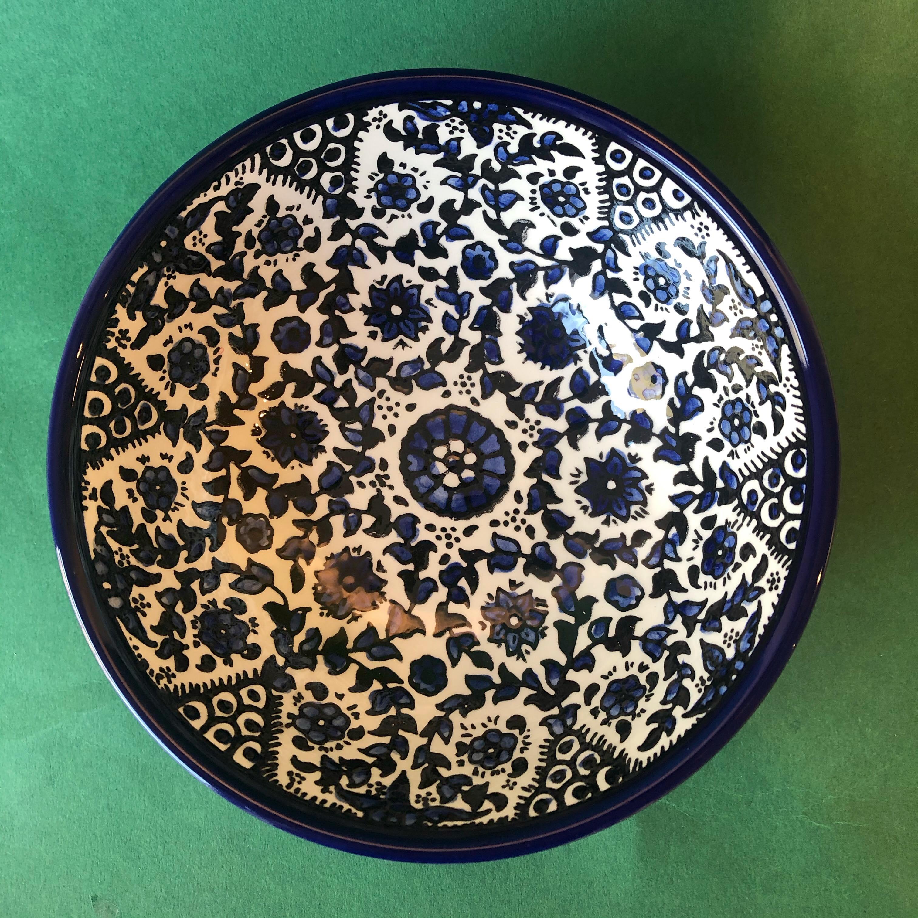 Mellomstor keramikkskål, blå
