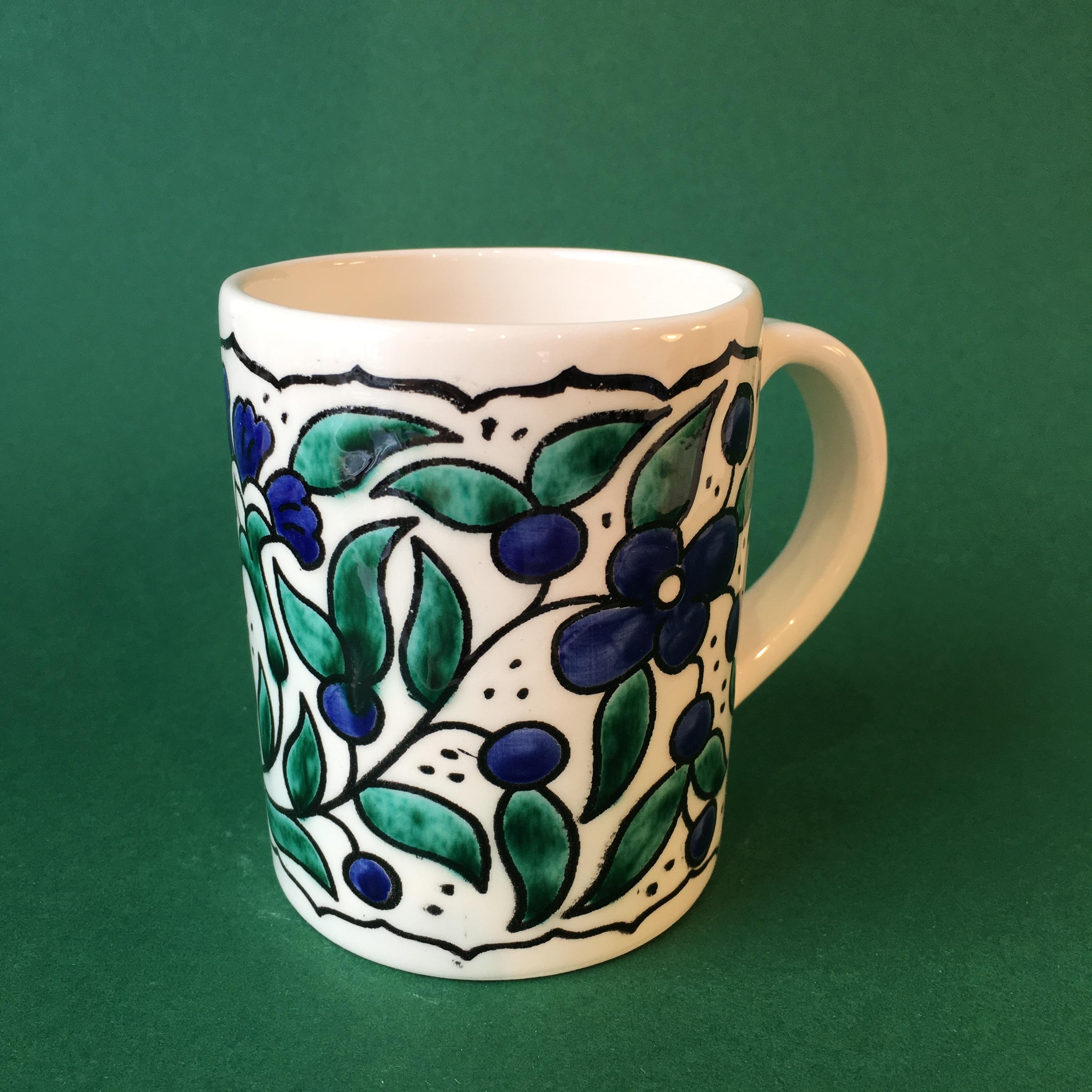 Stor keramikkopp, hvit, blå og grønn