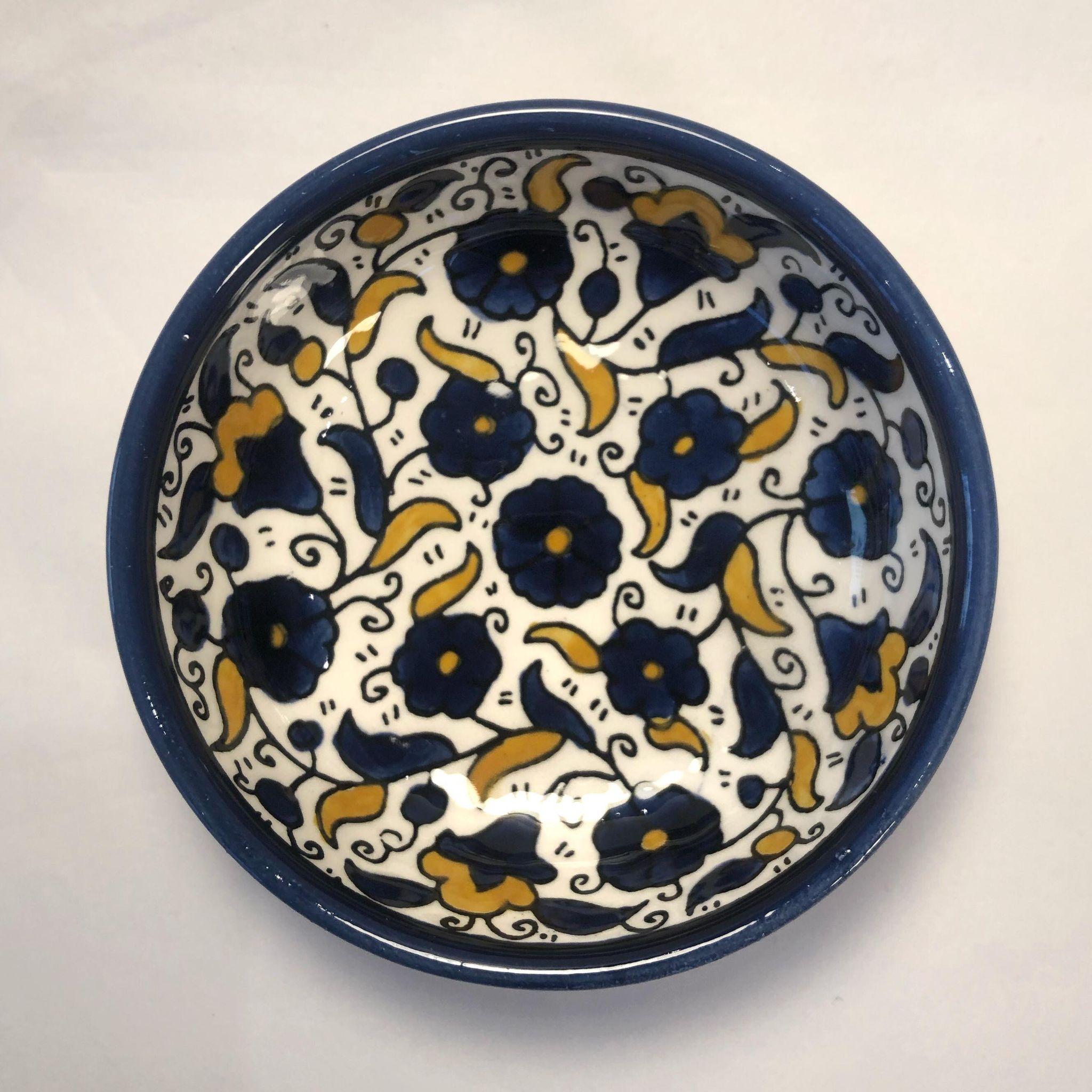 Liten keramikkskål, blå og gul