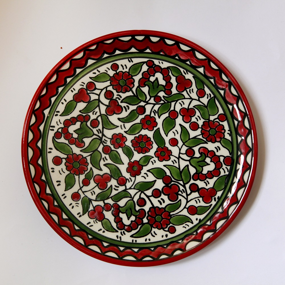 Liten tallerken, rød og grønn