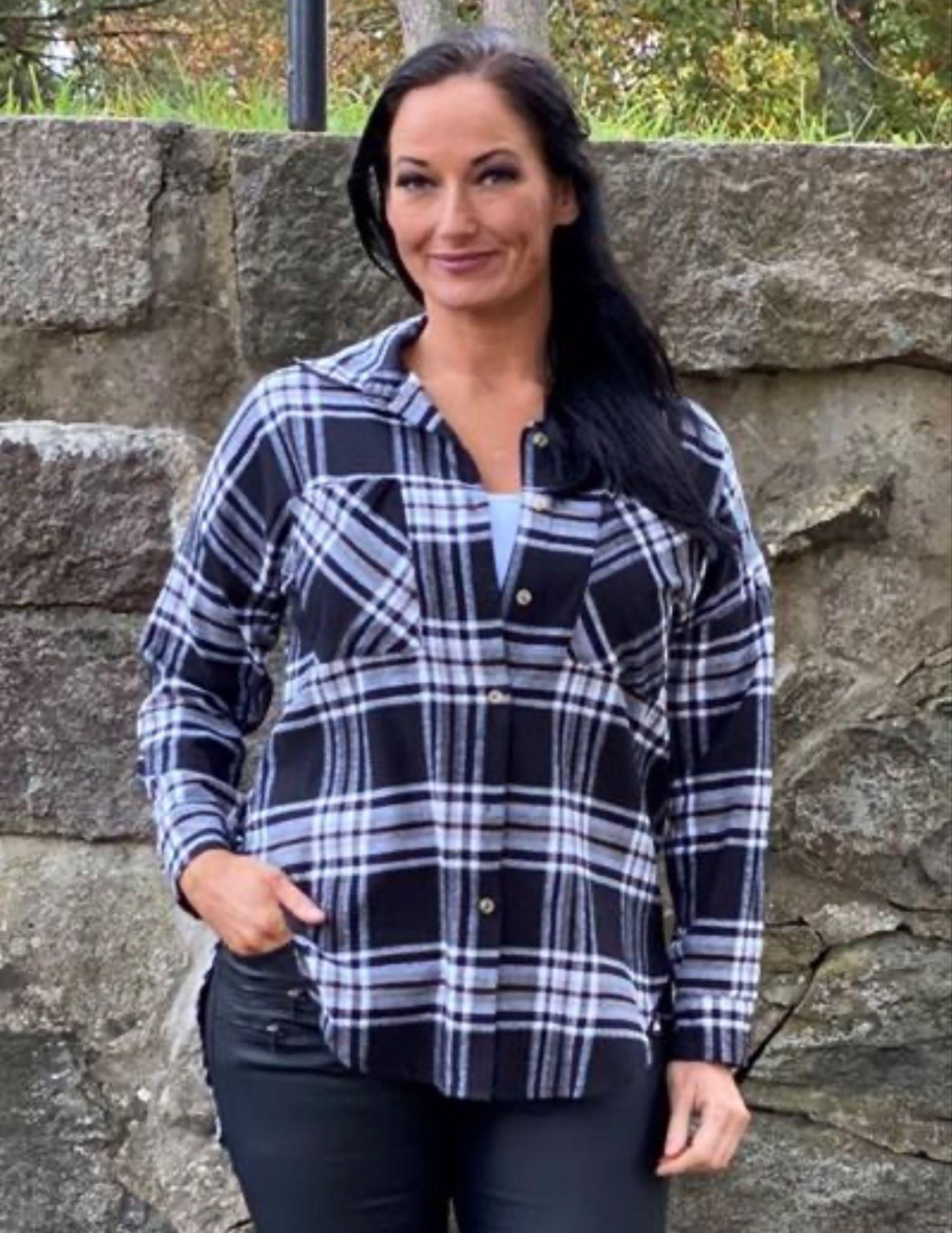 LEAH - rutig flanellskjorta, svartvit