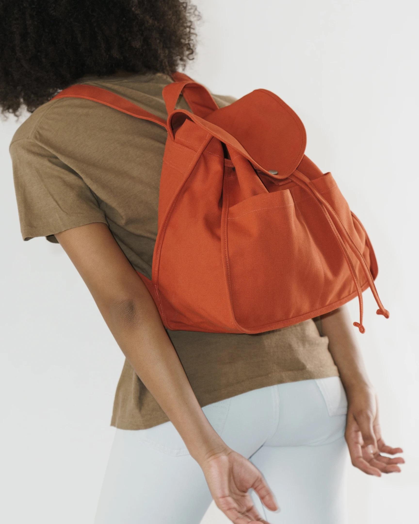 BAGGU - Drawstring Backpack, Sienna