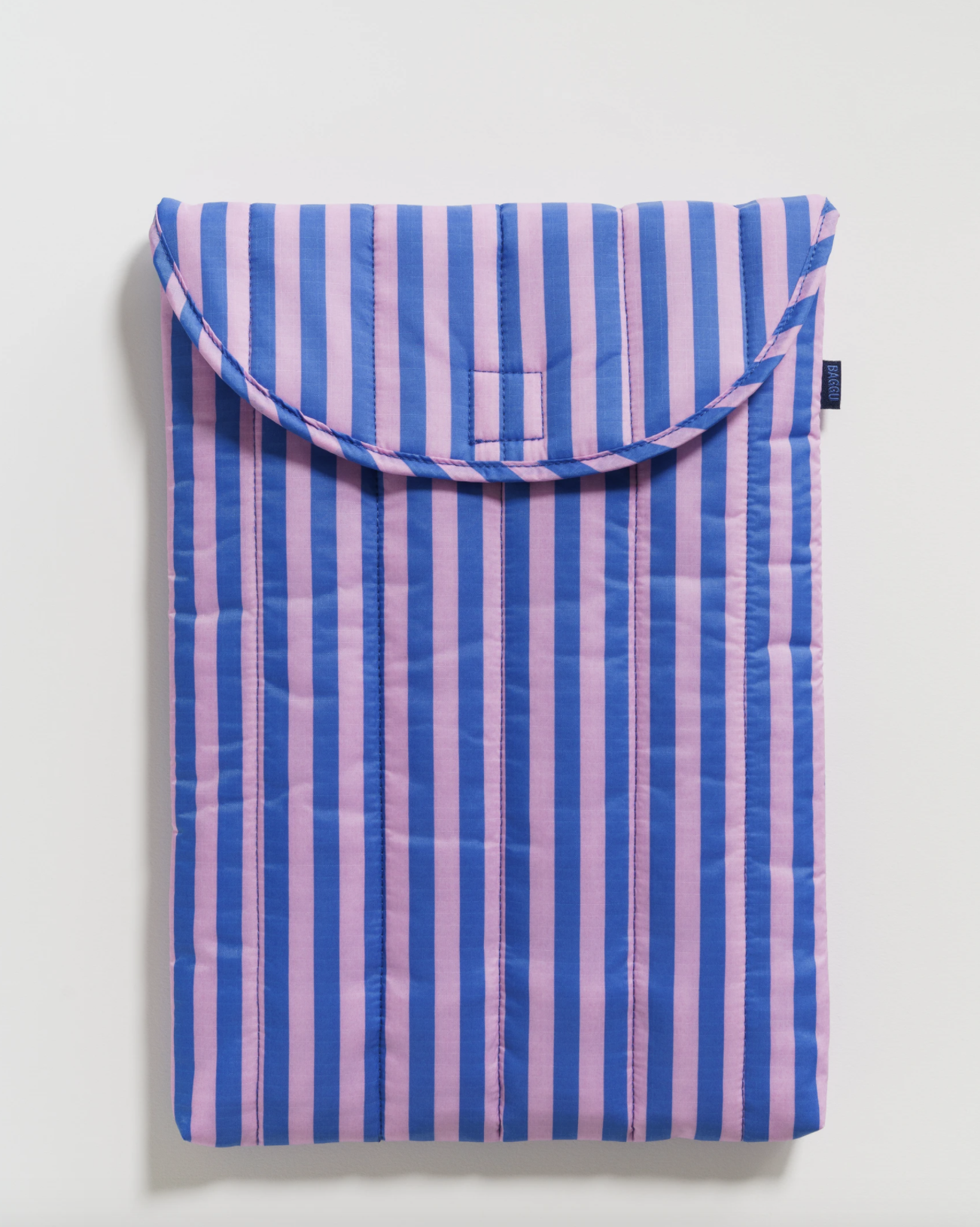 "BAGGU - Puffy Laptop Sleeve 16"", Pink and blue stripe"