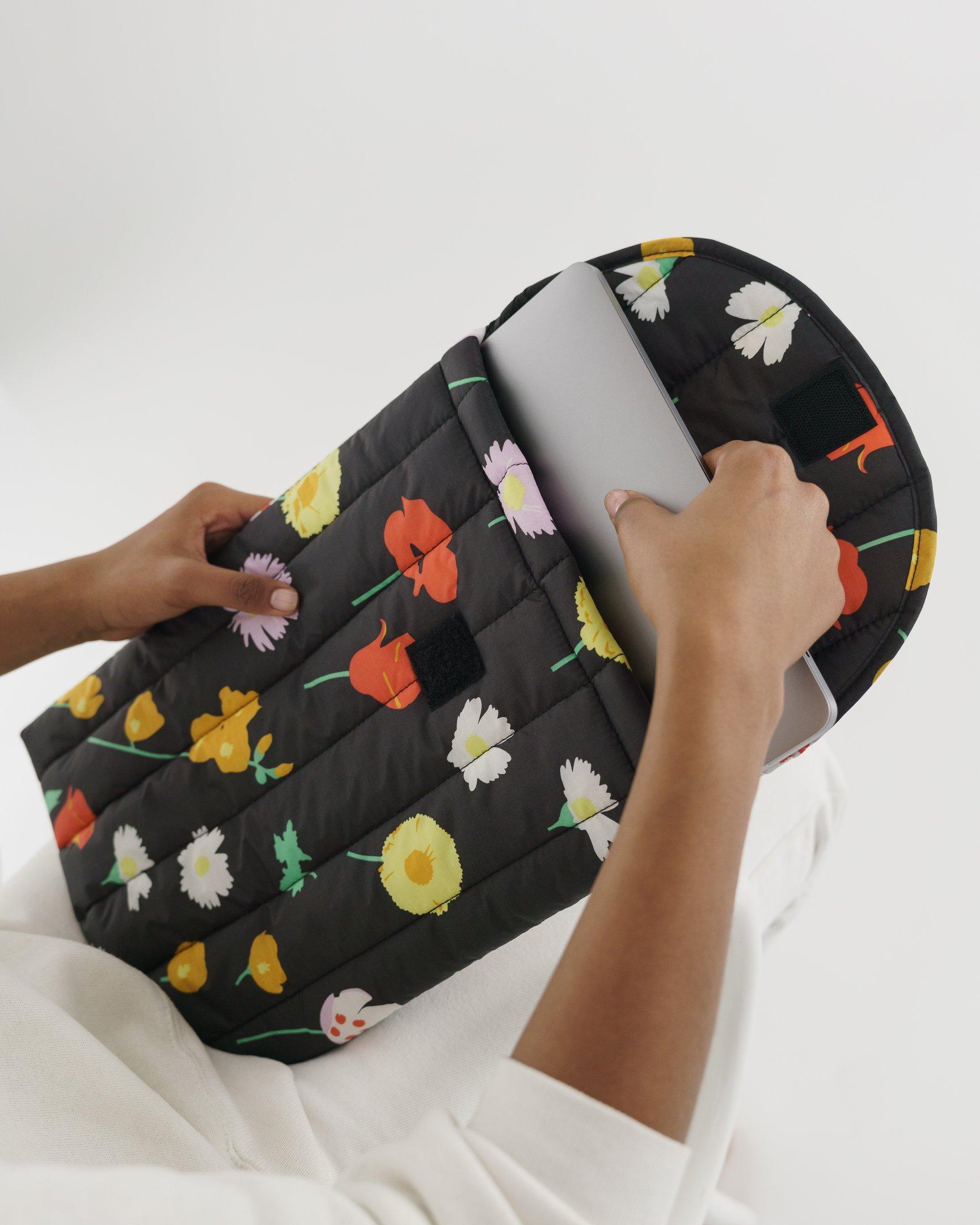 BAGGU - Puffy Laptop Sleeve 16'', Desert Wildflower