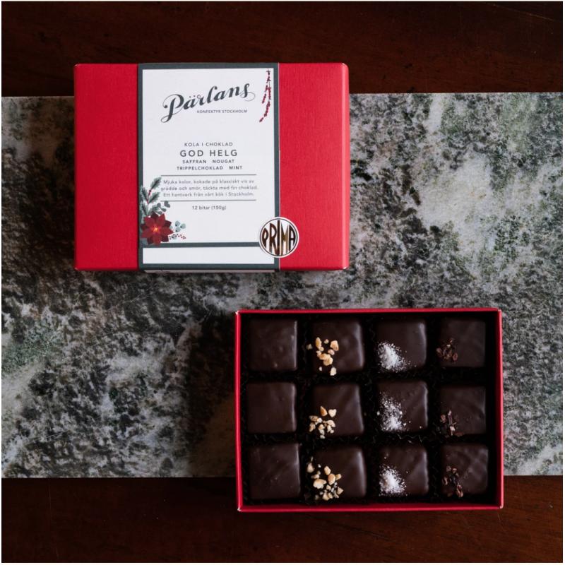 PÄRLANS - GOD HELG Karamell i sjokolade, 12 bitar i gåveøskje