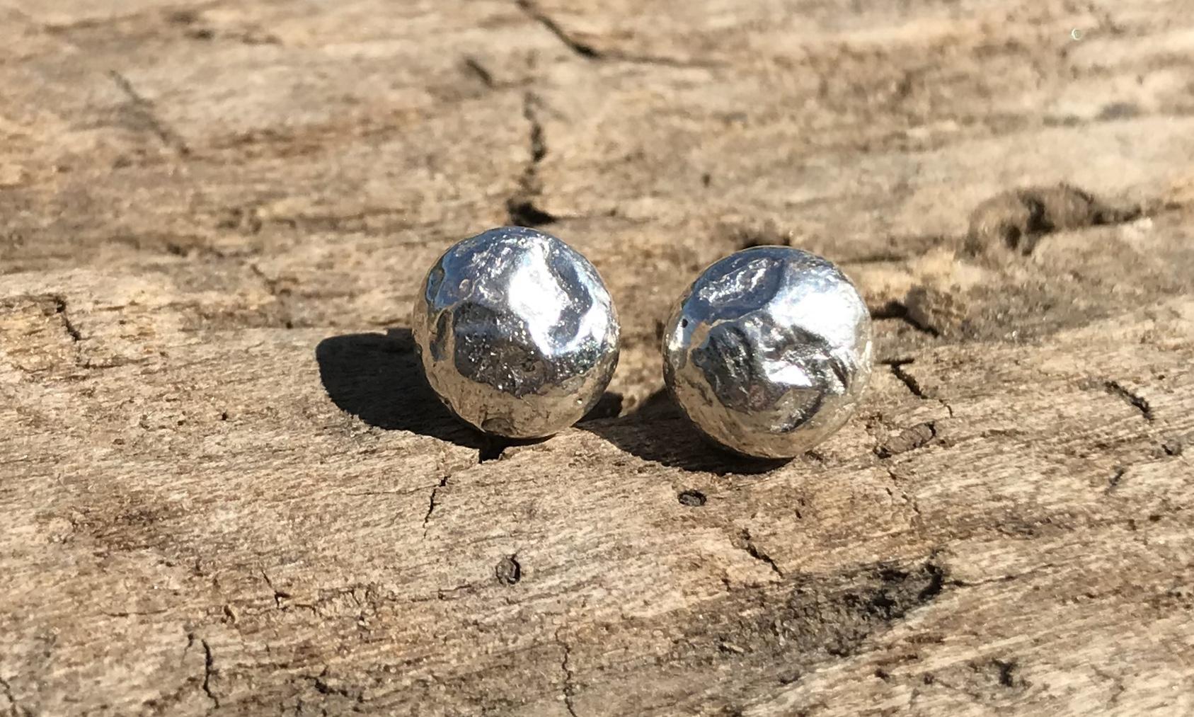 Pebble Stud Earrings in Recycled Silver