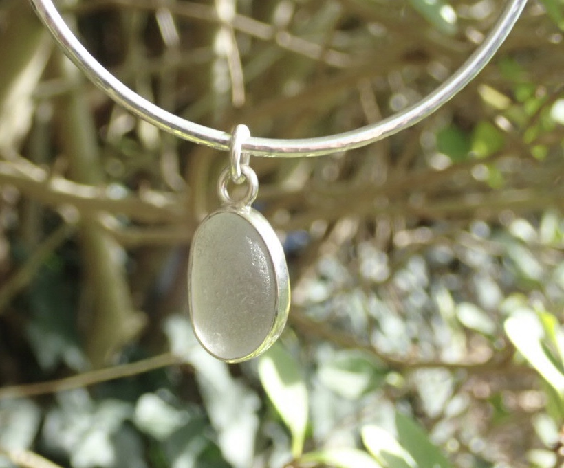Eco-silver Seaham White Sea Glass Bangle