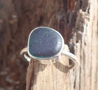 RE123 Eco-silver Sea Glass Ring Jade bubble Seaham.
