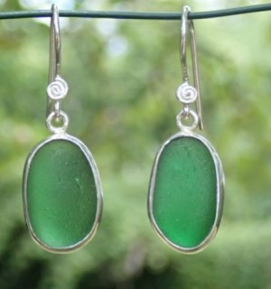 ES25 Eco-silver Sea Glass Earrings from Seaham in Forest Green Sea Glass