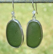 ES19 Sea Glass Earrings Jurasic Coastline Forest Green Sea Glass