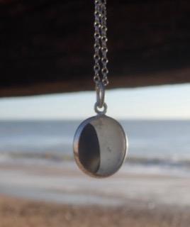 PE98 Sea Glass Pendant Seaham Multi Charcoal and White