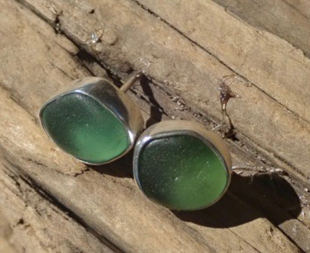 EST44 Eco-silver Sea Glass Earrings Seaham with Sage Green and Light Olive Green Sea Glass