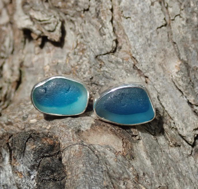 EST32 Sea Glass Earrings Seaham with Electric Blue/White Sea Glass