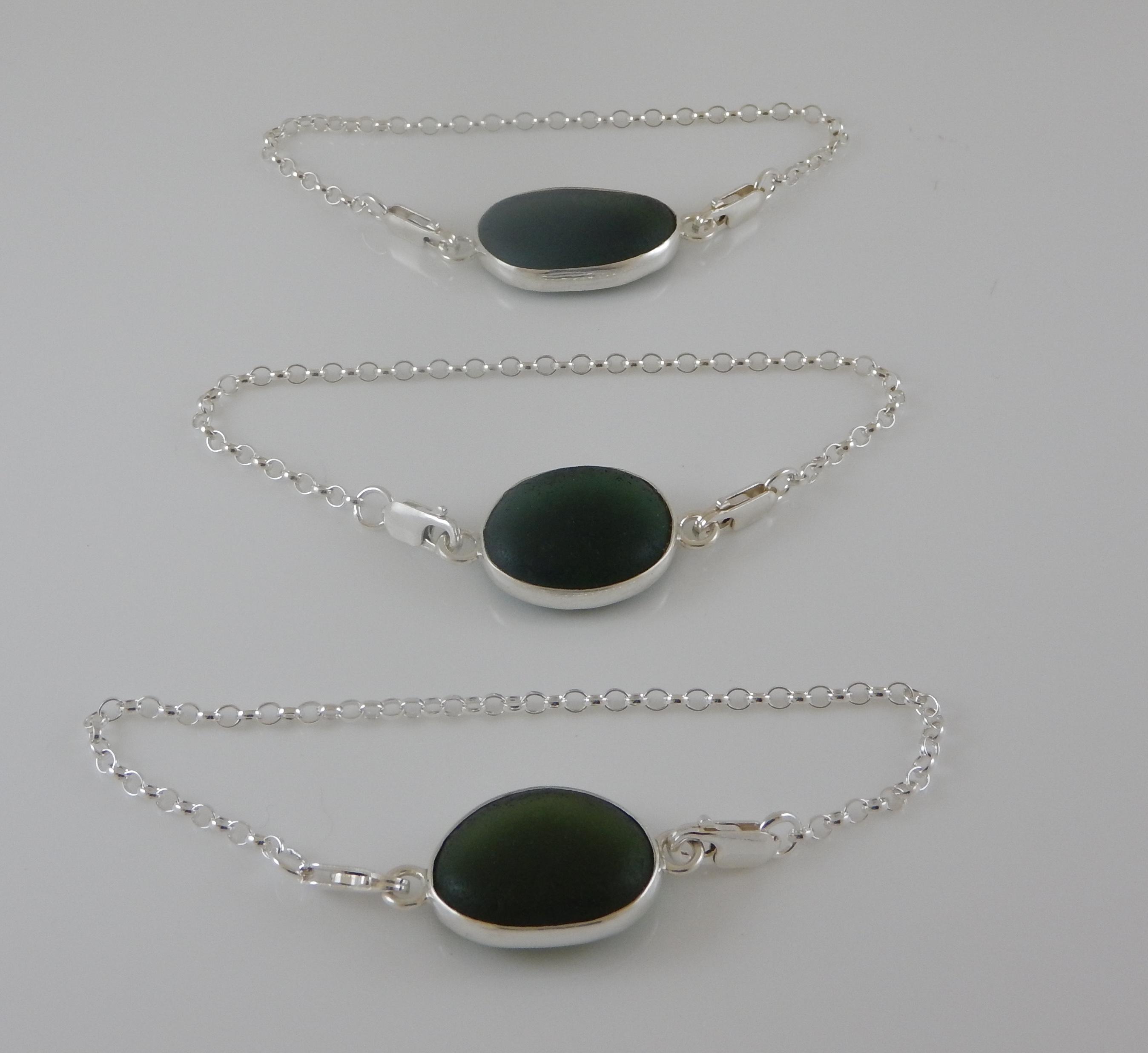 Sea Glass Bracelet Open bezel-  Green