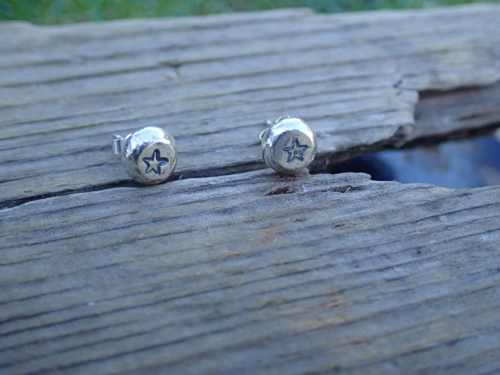 Pebble Studs in recycled silver (spiral, stars, frosty finish) 6mm