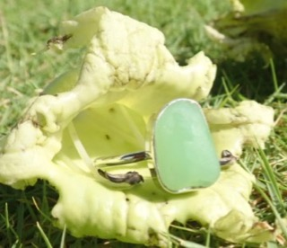 RE210 Eco-silver Sea Glass Ring Seaham UV Glass UK R ½