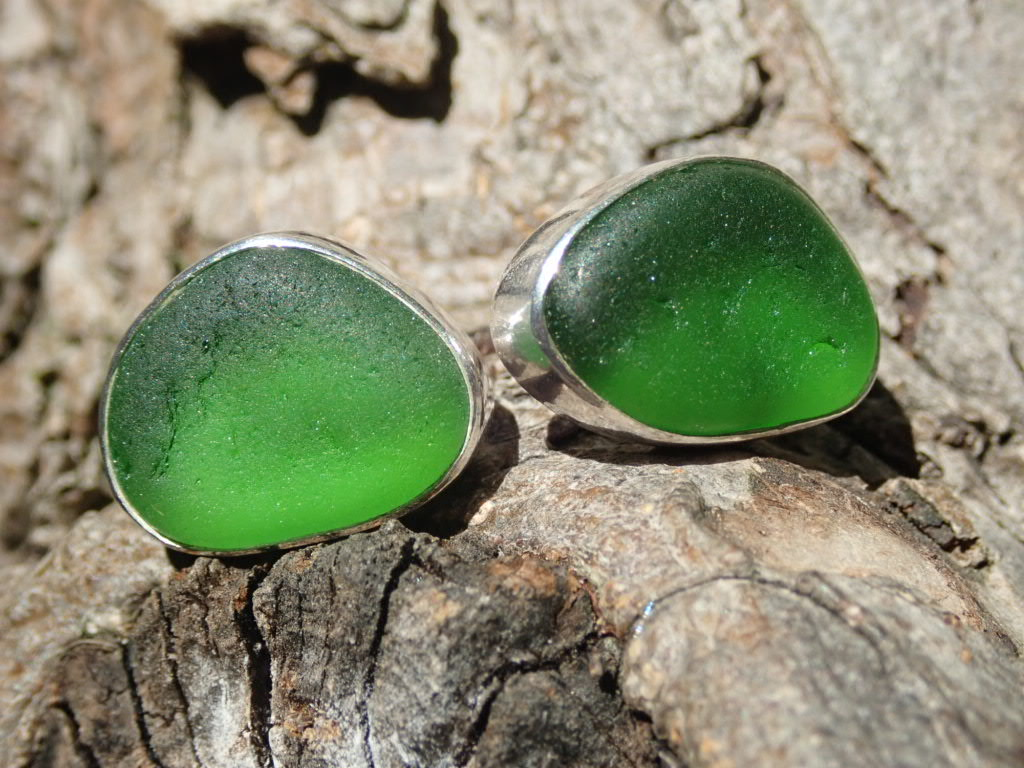 EST39 Sea Glass Earrings Seaham with Kelly Green Sea Glass