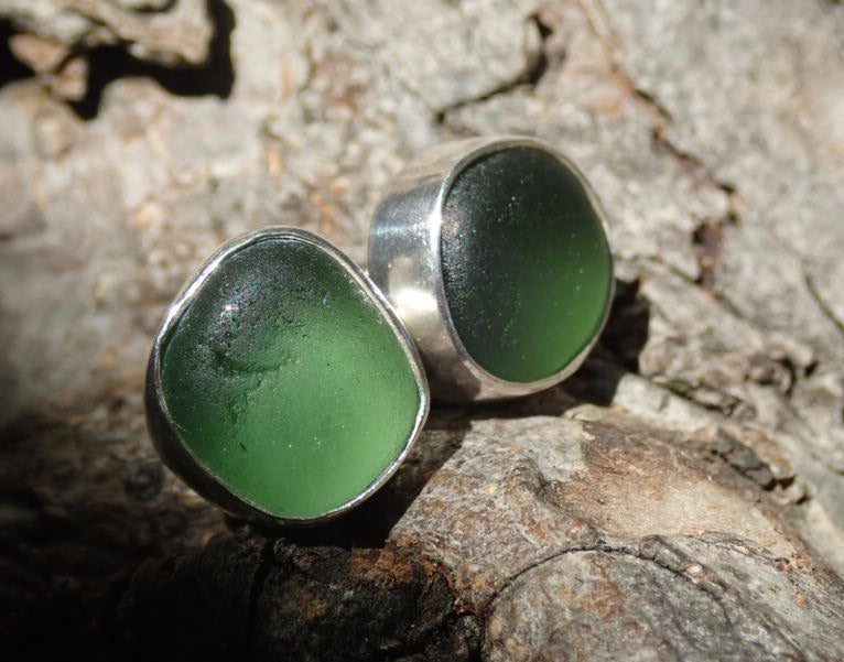 EST42 Sea Glass Earrings Seaham with Forest Green Sea Glass