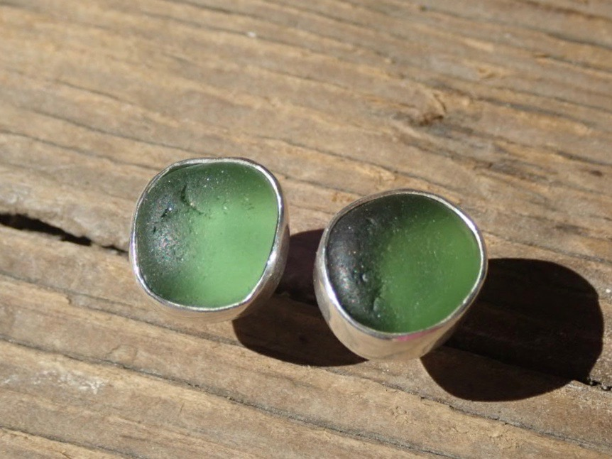 EST42 Eco-silver Sea Glass Earrings Seaham with Forest Green Sea Glass