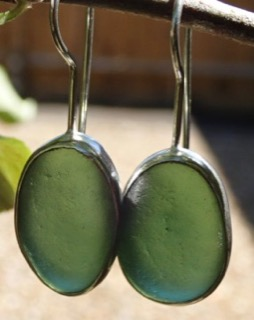ED18 Sea Glass Earrings Seaham Forest Green Sea Glass