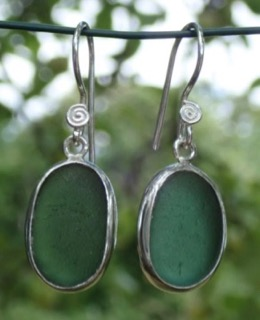 ES32 Eco-silver Sea Glass Earrings from Seaham in Forest Green Sea Glass