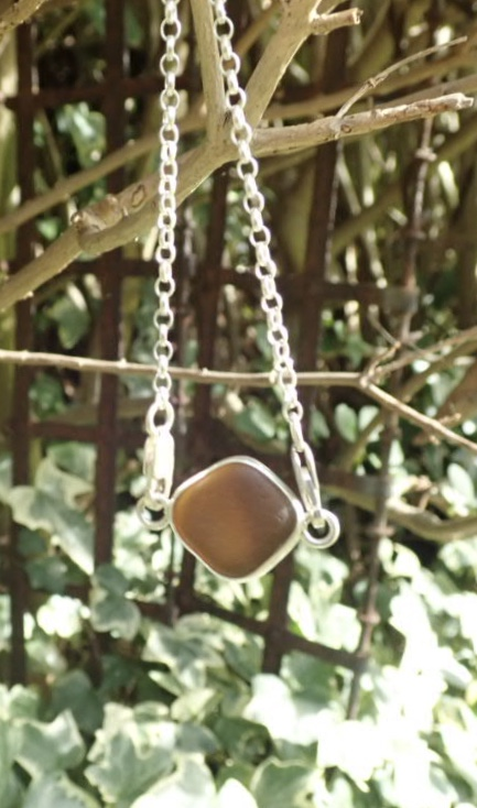 Sea Glass Bracelet Open bezel -  Brown