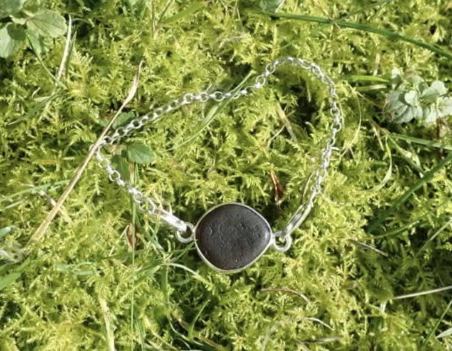 Sea Glass Bracelet Open bezel -  Brown