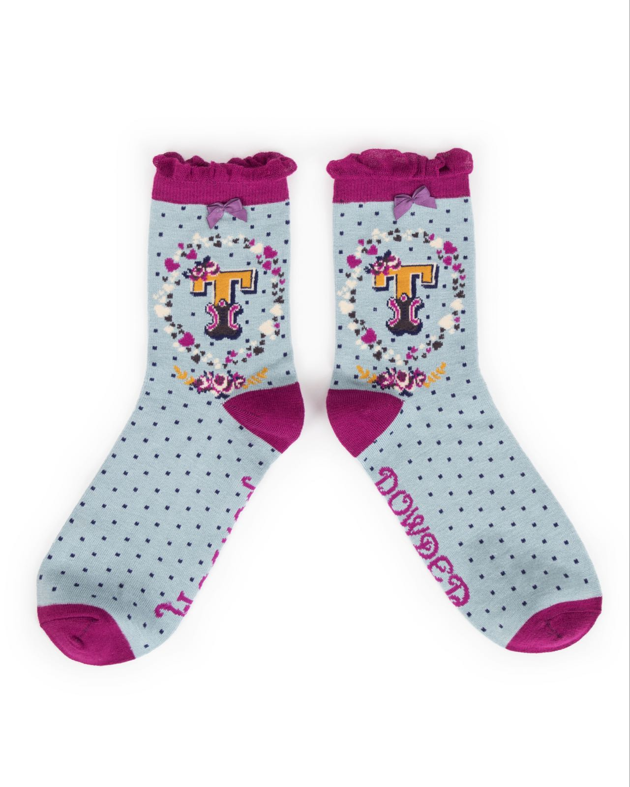 Powder Alphabet socks T (product may differ from item shown in the photo) 4-6 ladies