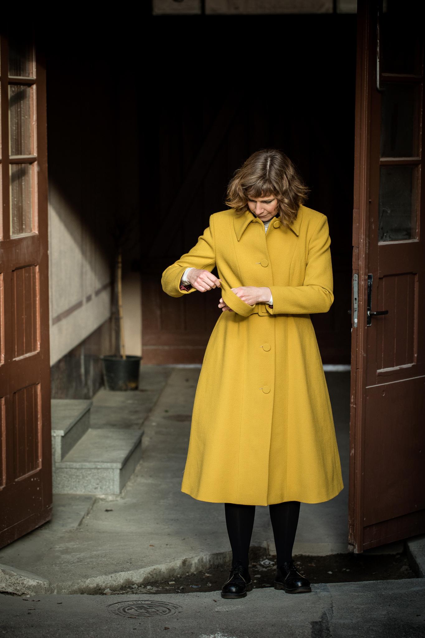 Lene coat yellow