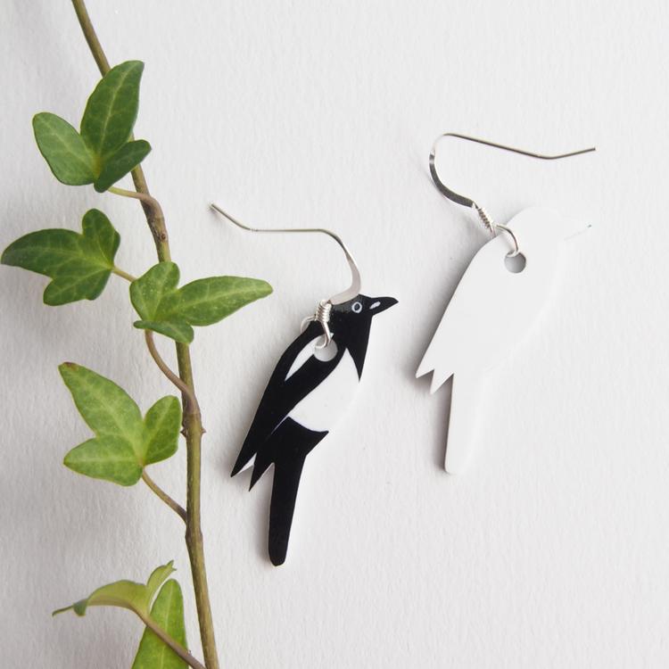 Skata earrings