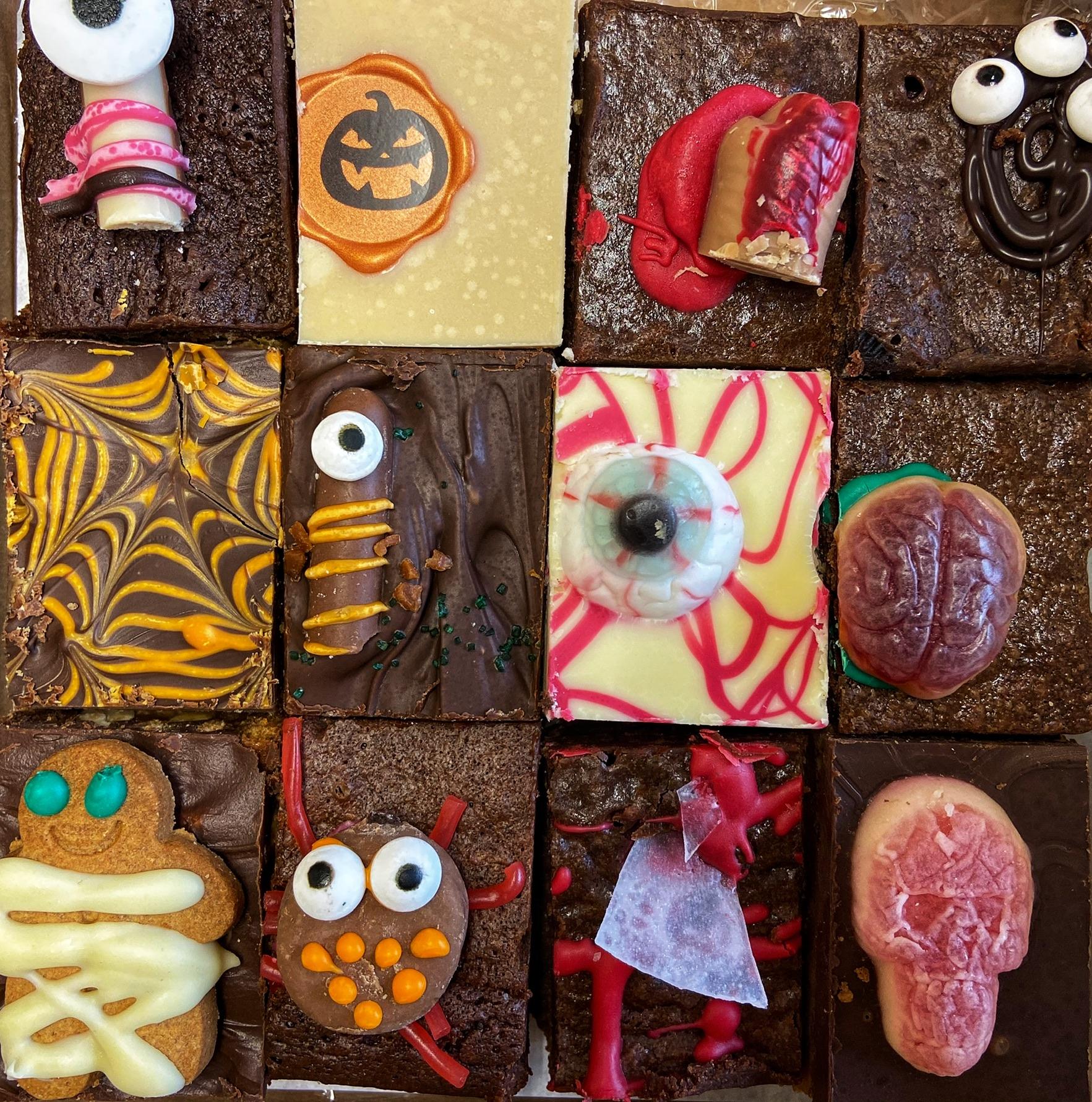 Halloween Bite Box 🎃 (12 pieces)